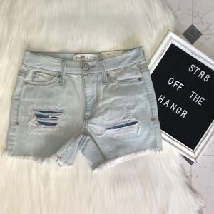 NWT Mudd mid rise distressed shorts size 0, 7, 9
